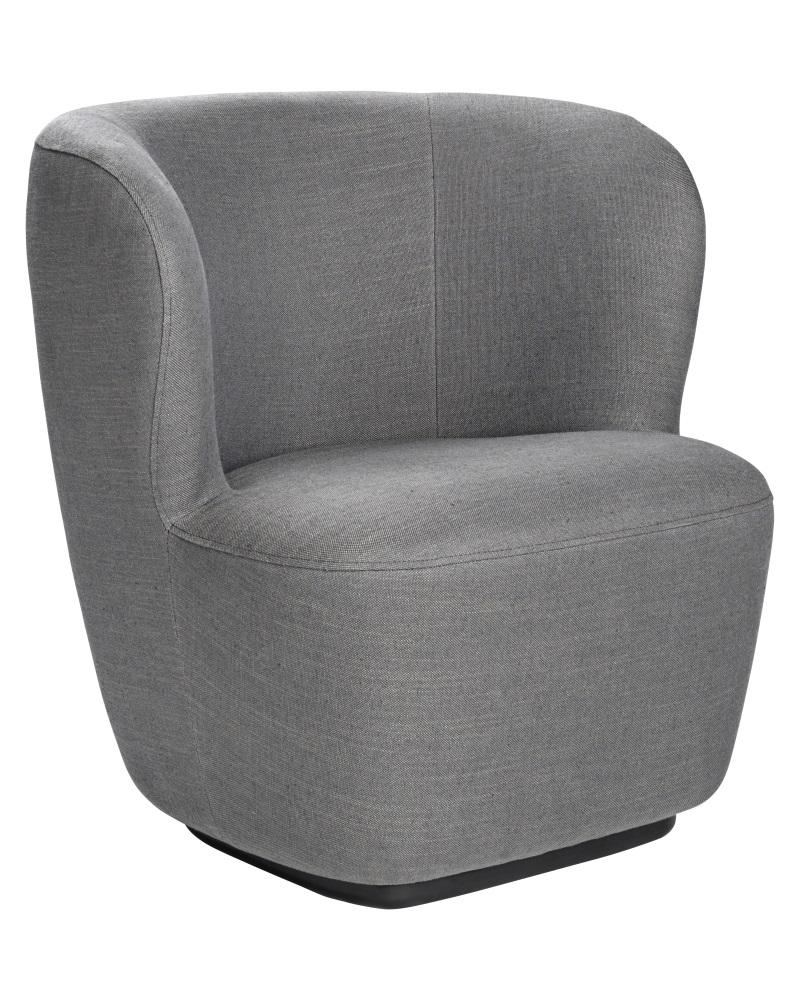 Nojatuolit puukäsinojilla - pieni siro nojatuoli